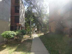 Apartamento En Alquileren Guarenas, Nueva Casarapa, Venezuela, VE RAH: 21-12545
