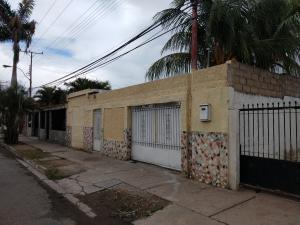 Casa En Ventaen Cagua, La Fundacion, Venezuela, VE RAH: 21-12564