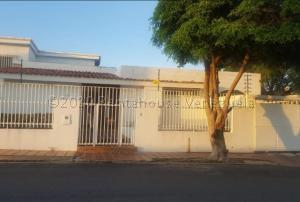 Casa En Ventaen Maracaibo, Rosal Sur, Venezuela, VE RAH: 21-12570