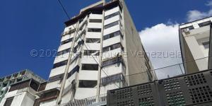 Apartamento En Ventaen Caracas, Parroquia La Candelaria, Venezuela, VE RAH: 21-12757