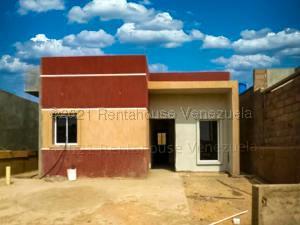 Casa En Ventaen Punto Fijo, Guanadito, Venezuela, VE RAH: 21-12582
