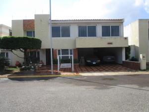 Townhouse En Alquileren Maracaibo, Doral Norte, Venezuela, VE RAH: 21-12602