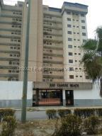 Apartamento En Ventaen La Guaira, La Llanada, Venezuela, VE RAH: 21-21220