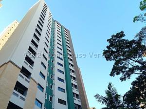 Apartamento En Ventaen Valencia, Valles De Camoruco, Venezuela, VE RAH: 21-12637