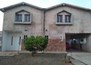 Casa En Ventaen Cabimas, Nueva Delicias, Venezuela, VE RAH: 21-12617