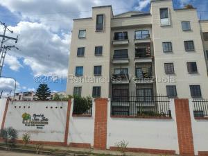 Apartamento En Ventaen Valencia, El Portal De San Luis, Venezuela, VE RAH: 21-12638