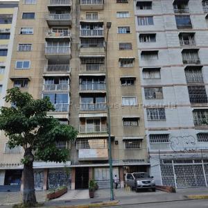 Apartamento En Ventaen Caracas, Bello Campo, Venezuela, VE RAH: 21-13089