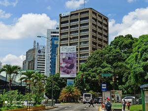 Oficina En Alquileren Caracas, Los Palos Grandes, Venezuela, VE RAH: 21-12632
