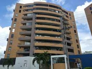 Apartamento En Ventaen Municipio Naguanagua, Ciudad Jardin Manongo, Venezuela, VE RAH: 21-12633