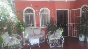 Casa En Ventaen Maracaibo, Cuatricentenario, Venezuela, VE RAH: 21-5981
