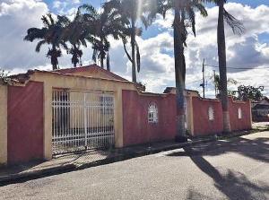 Casa En Ventaen El Tigre, Pueblo Nuevo Norte, Venezuela, VE RAH: 21-12674
