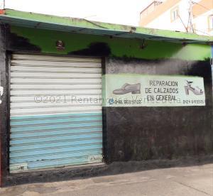 Local Comercial En Ventaen Coro, Centro, Venezuela, VE RAH: 21-12688