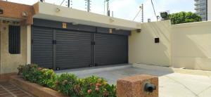 Local Comercial En Alquileren Maracaibo, Cecilio Acosta, Venezuela, VE RAH: 21-12729