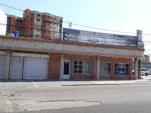Local Comercial En Ventaen Maracaibo, Cecilio Acosta, Venezuela, VE RAH: 21-12751