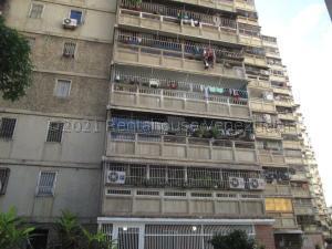 Apartamento En Ventaen Caracas, El Valle, Venezuela, VE RAH: 21-12764