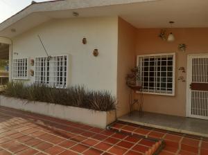 Casa En Ventaen Ciudad Ojeda, Barrio Libertad, Venezuela, VE RAH: 21-12765