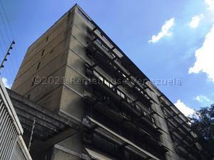 Apartamento En Ventaen Caracas, El Recreo, Venezuela, VE RAH: 21-15956