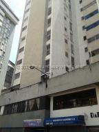 Apartamento En Ventaen Caracas, Parroquia La Candelaria, Venezuela, VE RAH: 21-12776