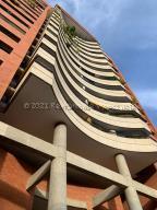 Apartamento En Alquileren Caracas, Santa Fe Norte, Venezuela, VE RAH: 21-12803
