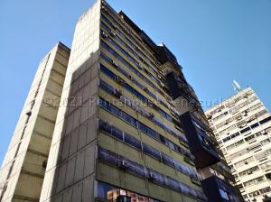 Apartamento En Alquileren Municipio Naguanagua, Palma Real, Venezuela, VE RAH: 21-12829