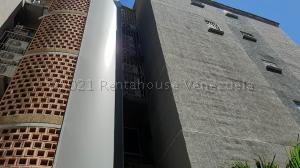 Apartamento En Ventaen Municipio San Diego, Terrazas De San Diego, Venezuela, VE RAH: 21-13132