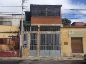 Casa En Ventaen Barquisimeto, Parroquia Catedral, Venezuela, VE RAH: 21-12973