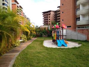 Apartamento En Ventaen Guatire, Frutas Condominio, Venezuela, VE RAH: 21-13073