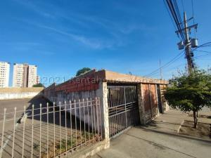 Casa En Ventaen Maracaibo, Valle Frio, Venezuela, VE RAH: 21-15166