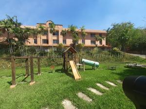 Apartamento En Ventaen Valencia, Trigal Norte, Venezuela, VE RAH: 21-13062