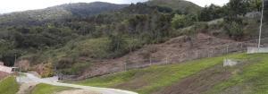 Terreno En Ventaen Caracas, La Trinidad, Venezuela, VE RAH: 21-13065