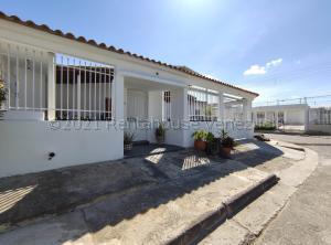Casa En Ventaen Cagua, Corinsa, Venezuela, VE RAH: 21-13071