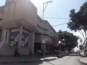 Local Comercial En Ventaen Valencia, Centro, Venezuela, VE RAH: 21-13098