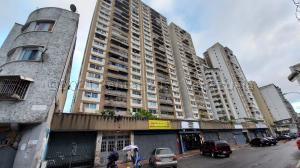 Apartamento En Ventaen Caracas, Parroquia La Candelaria, Venezuela, VE RAH: 21-13099
