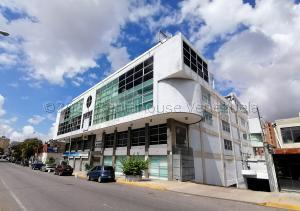 Oficina En Ventaen Barquisimeto, Del Este, Venezuela, VE RAH: 21-13126
