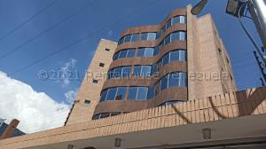 Apartamento En Ventaen Maracay, La Arboleda, Venezuela, VE RAH: 21-13168