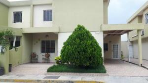Casa En Ventaen Cabudare, Trapiche Villas, Venezuela, VE RAH: 21-13179