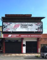 Local Comercial En Ventaen Barquisimeto, Centro, Venezuela, VE RAH: 21-13181