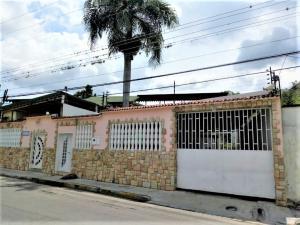 Casa En Ventaen Maracay, El Limon, Venezuela, VE RAH: 21-13194