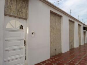 Casa En Ventaen Maracaibo, Tierra Negra, Venezuela, VE RAH: 21-13202