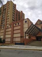 Local Comercial En Ventaen Guarenas, Las Islas, Venezuela, VE RAH: 21-13204