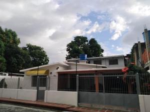 Casa En Ventaen Maracay, El Limon, Venezuela, VE RAH: 21-13205