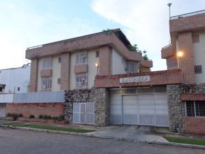 Apartamento En Ventaen Valencia, Sabana Larga, Venezuela, VE RAH: 21-13245