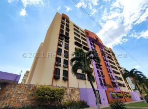 Apartamento En Ventaen Maracay, Base Aragua, Venezuela, VE RAH: 21-13243