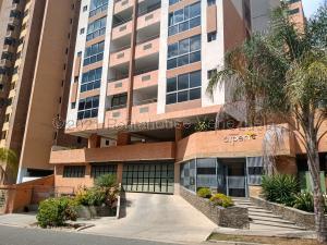 Apartamento En Ventaen Valencia, La Trigaleña, Venezuela, VE RAH: 21-13251