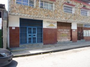 Local Comercial En Ventaen Palo Negro, Palo Negro Ii, Venezuela, VE RAH: 21-13284