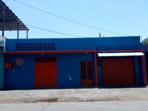 Terreno En Ventaen Maracay, Avenida Mariño, Venezuela, VE RAH: 21-13295