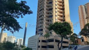 Apartamento En Ventaen Valencia, Las Chimeneas, Venezuela, VE RAH: 21-15172