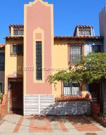 Apartamento En Ventaen Lecheria, Complejo Turistico El Morro, Venezuela, VE RAH: 21-13350