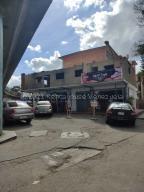 Local Comercial En Ventaen Caracas, Catia, Venezuela, VE RAH: 21-13340