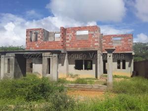 Terreno En Ventaen Punto Fijo, Guanadito, Venezuela, VE RAH: 21-13339